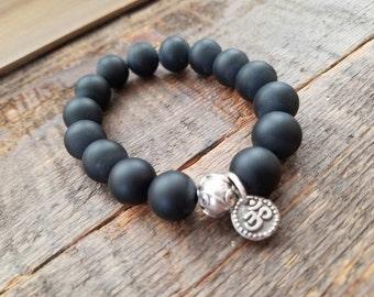 Mens bold bracelet with .925 sterling silver Black onyx