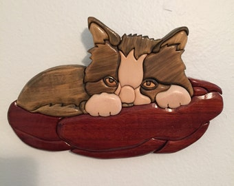 Intarsia Kitty in bed