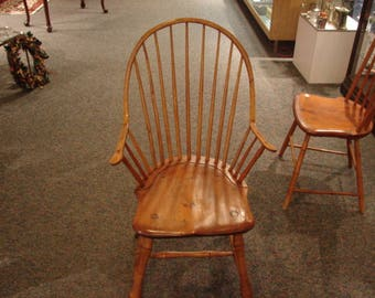 Antique Continuous Arm Windsor Chair