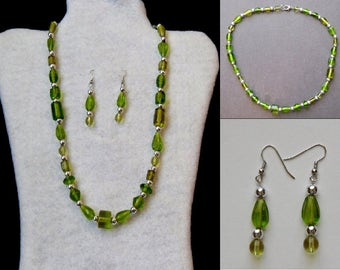 Necklace Set - Green Barrel and Teardrop Necklace and Earrings