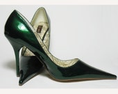 Vintage Emerald Green Patent Leather Womens Heels very Pointed Toes Sze. 9