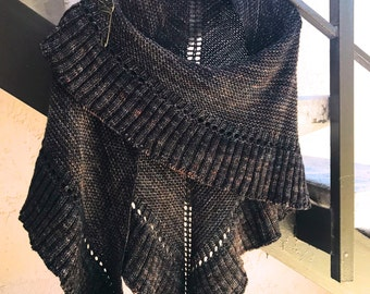 Lallybroch Ruffle Triangle Shawl Custom Hand Knit, 8 Color Options, Made to Order, Outlander