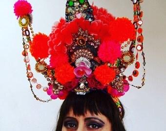 Temple of pom pom headpiece headdress