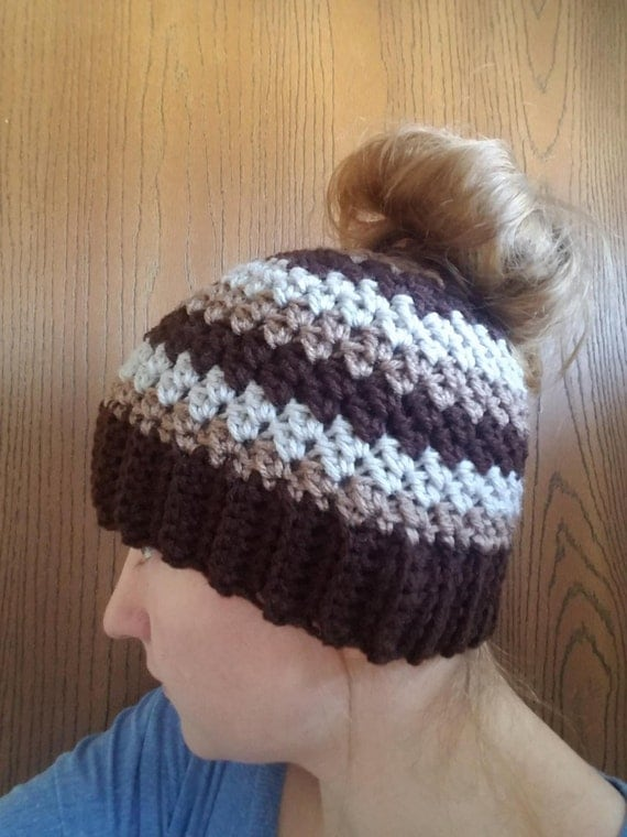 Bun Hat, Messy Bun Hat, Messy Bun Beanie, Ponytail Hat, Crochet Ponytail Hat, Ponytail Beanie, Ponytail Hat Crochet, Viral Messy Bun