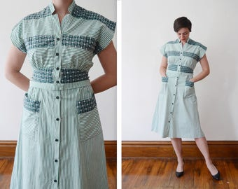 late 40s/50s Green Striped Shirt Dress - S/M