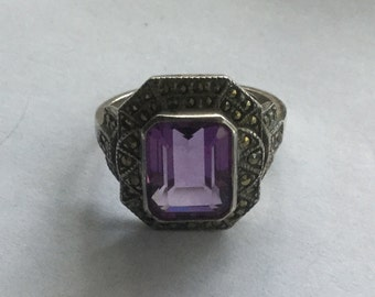 Vintage Sterling Silver Amethyst Marcasite Ladys Ring