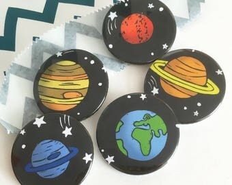 Pack of 5 Space Planet badges, science gift, sci fi badges, lapel pin, Pin badge, party bag fillers, party favours, Stocking fillers,
