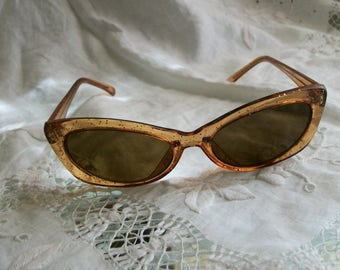 1950s Vintage Lucite Cat Eye Sunglasses with Sparkles  Brown Lenses As-Is Cond One Size Fits Most Unisex