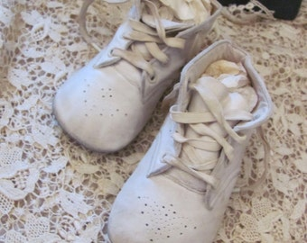 Antique Leather Infant Child Shoes Boots Booties Ideal Brand (05A)