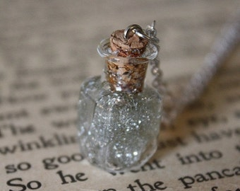 ON SALE Star Dust Necklace - Starlight in a Vial - Glass Bottle Necklace