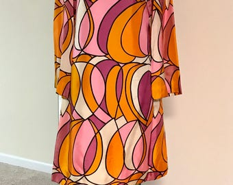 Vintage 1960s Mod Abstract Dress