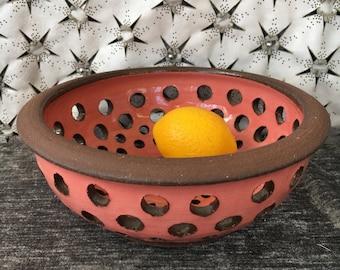 Ceramic Berry Bowl, Colander in Dusky Rose