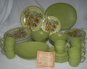 Mid Century Mod Prolon Melamine Complete Service for 8 Plates Bowls Cups Platter 42 Pieces Never Used