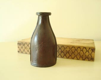 Leather bottle, antique leather jack or black jack, dark brown leather vessel, gift for men, gift for liquor enthusiast