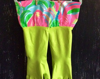 Lilly Pulitzer Cleaning Gloves