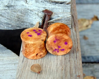 14mm Maple burl wood ear plugs with sugalite inlay. Hand crafted 9/16ths gauge flesh plugs