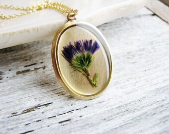 Pressed Flower Necklace, Real Aster Flower Necklace, Botanical Jewelry, Resin Jewelry, Flower Pendant