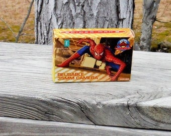 SPIDERMAN REUSABLE CAMERA, Vintage 35mm Film, New in Package, Promotional Item, 24 exposure, Focus Free, Box included, Excellent Condition