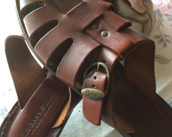 Vintage 80s GH Bass Ladies Leather Buckle Detail Summer Sandals Size 8  8.5