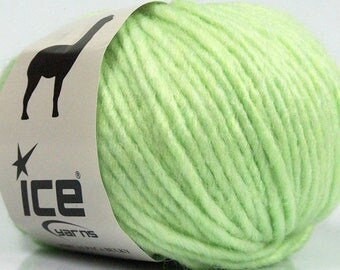 Peru Alpaca Bulky Yarn - Light Green #48706 Ice 50g Merino Wool Alpaca Acrylic