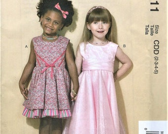 UNCUT McCall's Pattern M7311 Children's-Girl's Dresses and Belt Size CDD (2-3-4-5) or CL (6-7-8)