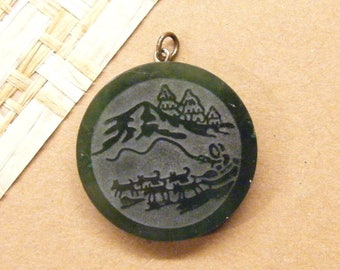 Vintage Pendant, Sled Dog Team, Siberian husky, Carved Jade, Mushers Pendant, Eskimo,  ANIMAL CHARITY DONATION