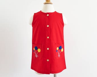 """Vintage 1960s Girls Size 3-4 Dress / Kickaway Sleeveless Aline Jumper Deadstock / b25"""" L19"""" / Red Cotton Embroidered Balloons Primary Colors"""