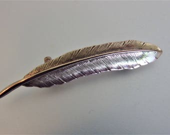 Vintage Brass Feather Brooch Pin