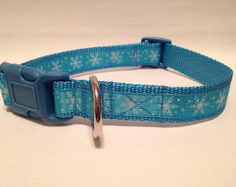LARGE Ice blue snowflakes holiday dog collar