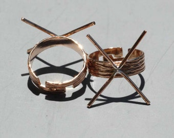 Copper Ring Adjustable With Texture Woodgrain  Claw Setting For Natural Stones or Whatever  4 Prongs