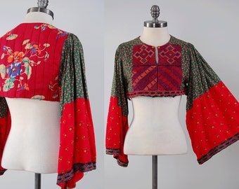 Vintage 70s Afghan tribal blouse with big bell sleeves / Embroidered cotton crop top / Afghanistan Kuchi bohemian dress