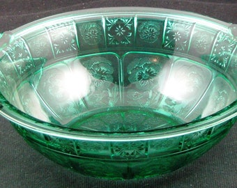 Jeanette, Doric and Pansy Ultra Marine 9 Inch Handled Bowl