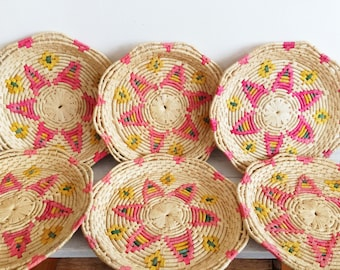 Vintage woven straw trays, geometric, star, boho, jungalow, rattan, organizer, catch all, coin dish