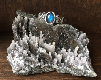 Atlantis Ring - Labradorite