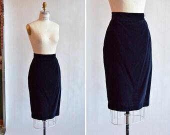 Vintage 1980s BYBLOS midnight blue velvet pencil skirt