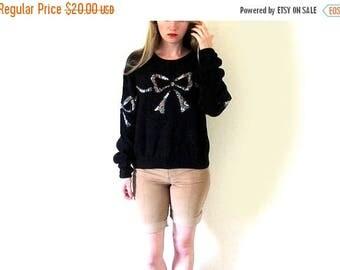 SALE ON SALE Sale vintage sweater 80's bow black oversized applique womens clothing 1980's size large l