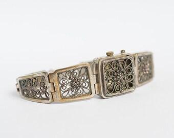 "Russian Vintage Watch ""CHAIKA"" - Working Ladies Wrist Watch - Filigree Bracelet - 1980s - from Russia / Soviet Union / USSR"
