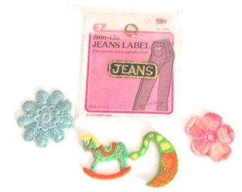 Small Vintage Appliques, 5 Little Embroidered Patches