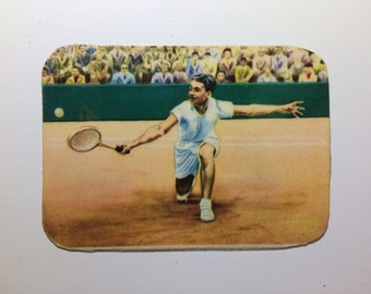 Magnet with upcycled scrap illustrations, Tennis!