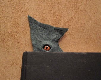Grichels leather bookmark - textured green with copper star eye