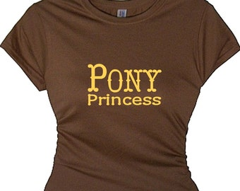 Girls Pony Princess T Shirt T-shirt Women Funny T-shirt Horse Lover Gift Women's Ladies Pony Shirt Horse Riding Gear Barn Shirt Riding Hobby