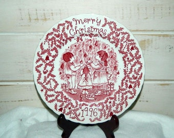 Royal Crownford Merry Christmas 1996 Collectible Plate - Norma Sherman - Made in England