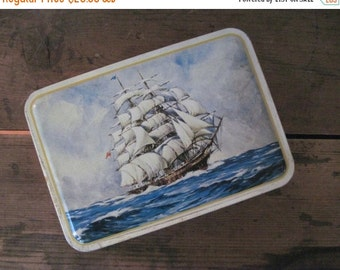 20% OFF SALE ocean schooner, vintage 1960s BENSONS assorted candies tin - sailboat, red + yellow anchors, nautical, stash box, ship, boat, t