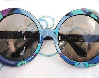 Stunning  Original  vintage oversized round retro EMILIO PUCCI Sunglasses in blue colors.C  1970's