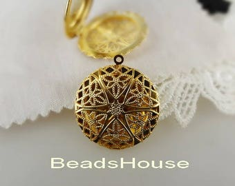 LK-100-32G  2pcs  Golden Plated Brass Filigree Round Locket, 32mm,Nickel Free