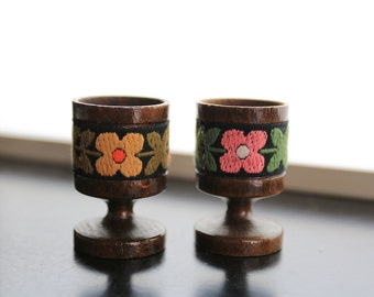 Pair Floral Pattern Wooden Egg Cup x 2