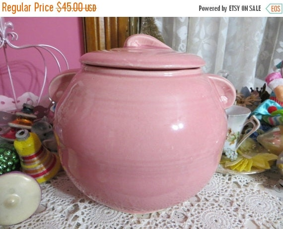 ON SALE Vintage Pink Pottery Cookie Jar-Bean Pot-Hull-Hall-LuRay-Fiesta-Marked USA on bottom-Large Jar with Lid-1940's