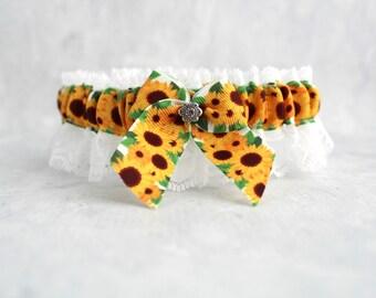 Sunflower Wedding Garter - Rustic Wedding - Sunflower Garter for Bride - Sunflower Wedding - Sunflower Bridal Garter - Lace garter.
