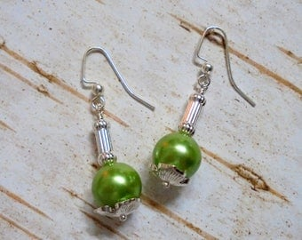 Light Green Pearl and Silver Earrings (3535)