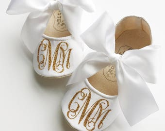 Monogrammed Baby Shoes, Customized Infant Shoes, Baptism Baby Shoes, Christening Baby Shoes, Soft Sole Shoes, Baby Girl Shoes, Satin Shoes